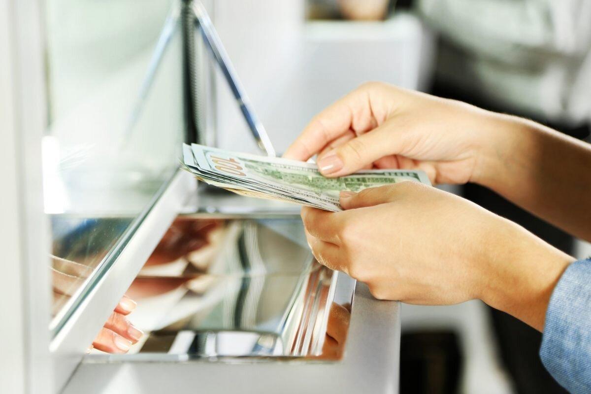 Как выгоднее гасить кредит — на уменьшение срока или платежа?